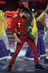 shahid kapoor performance at fbb femina miss india 2014 photos 001