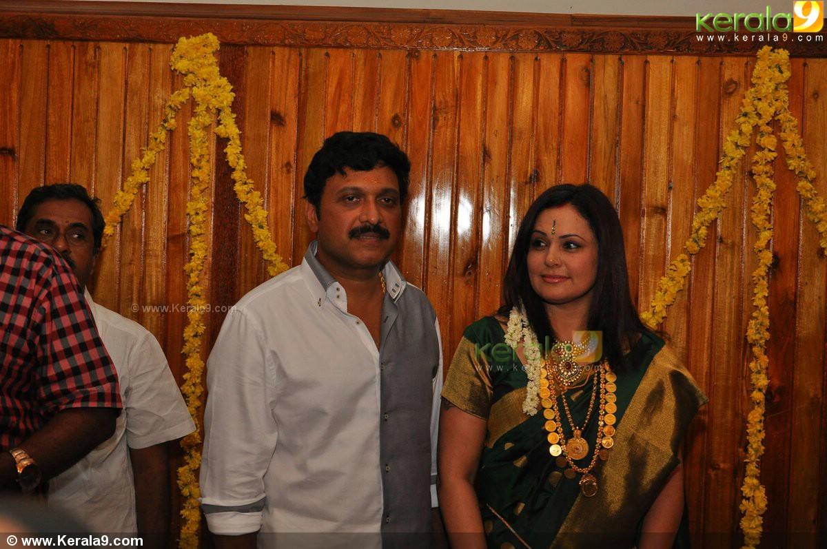 ganesh kumar and bindu menon wedding photo gallery 006