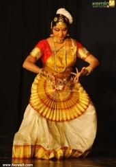 gopika varma mohiniyattam performance at soorya festival 2015 photos00 01
