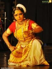 gopika varma mohiniyattam performance at soorya festival 2015 photos00 025
