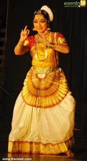 gopika varma mohiniyattam performance at soorya festival 2015 pics03 001
