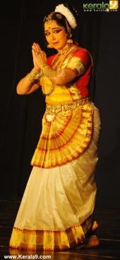 gopika varma mohiniyattam performance at soorya festival 2015 pics03 004