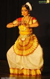soorya mohiniyattam festival 2015 gopika varma performance photos05 001