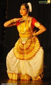 soorya mohiniyattam festival 2015 gopika varma performance photos05 003