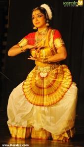 soorya mohiniyattam festival 2015 gopika varma performance photos05 004