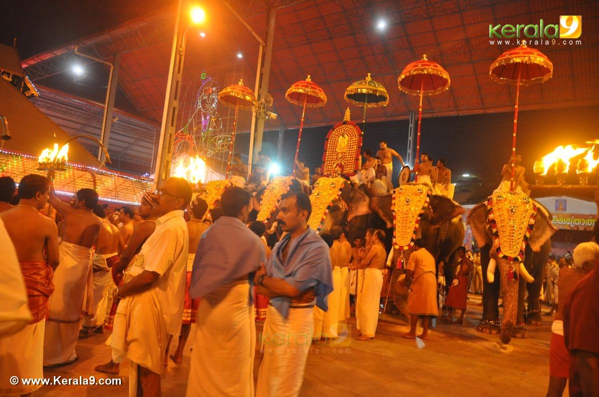 guruvayur temple festival 2016 photos 093 209