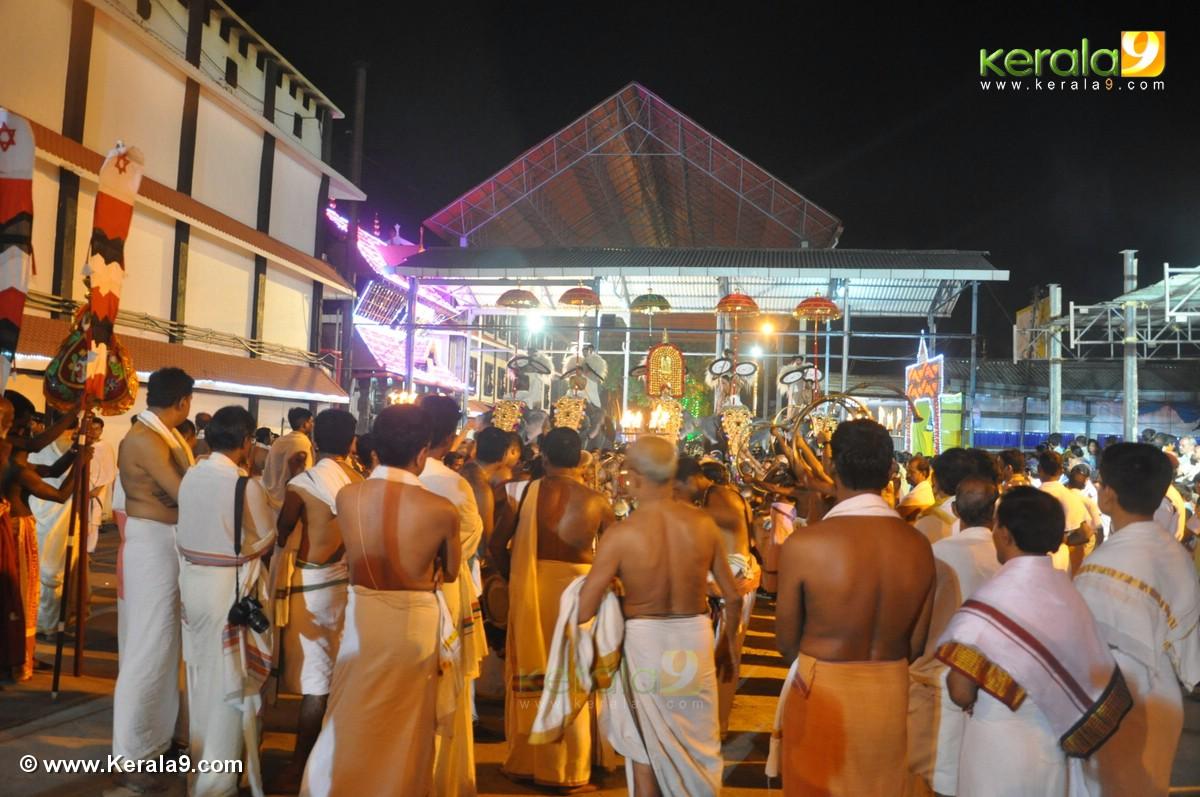 guruvayur temple festival 2016 photos 093 278