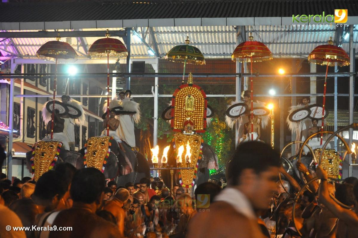 guruvayur temple festival 2016 photos 093 31