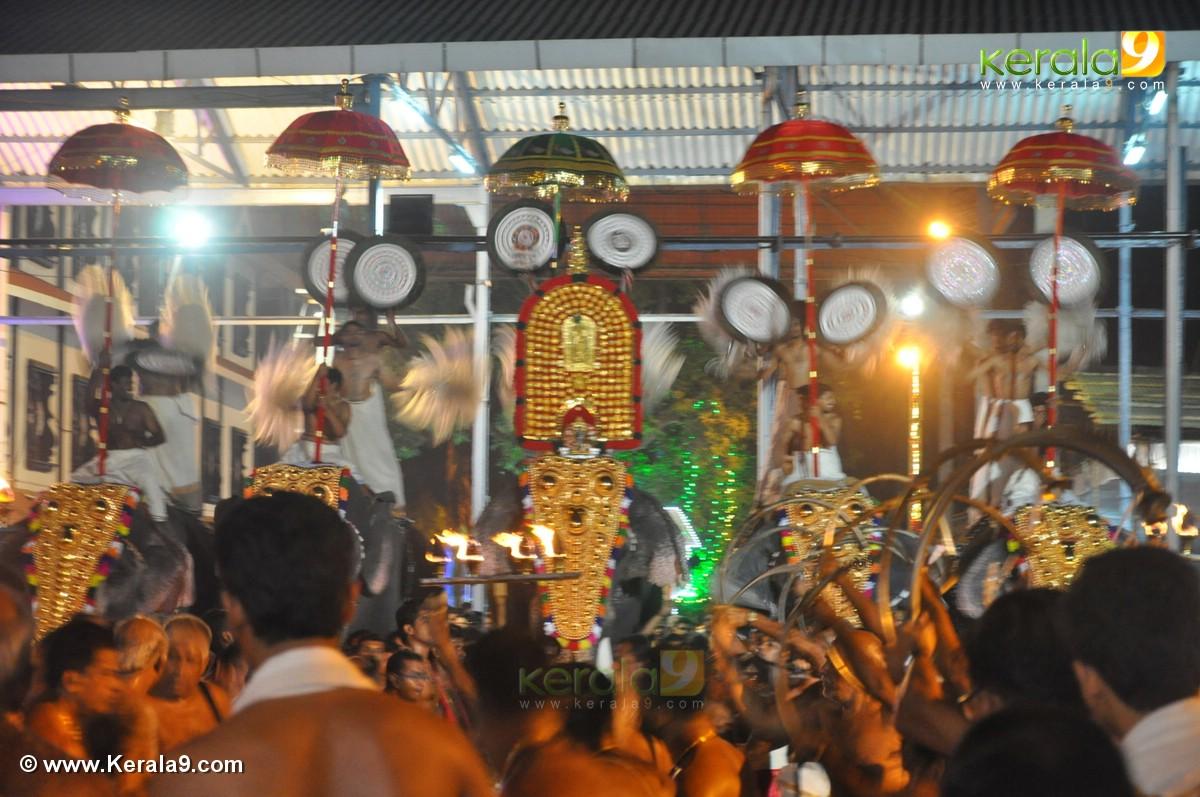 guruvayur temple festival 2016 photos 093 332