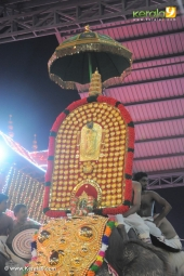 guruvayur temple festival 2016 photos 093 180