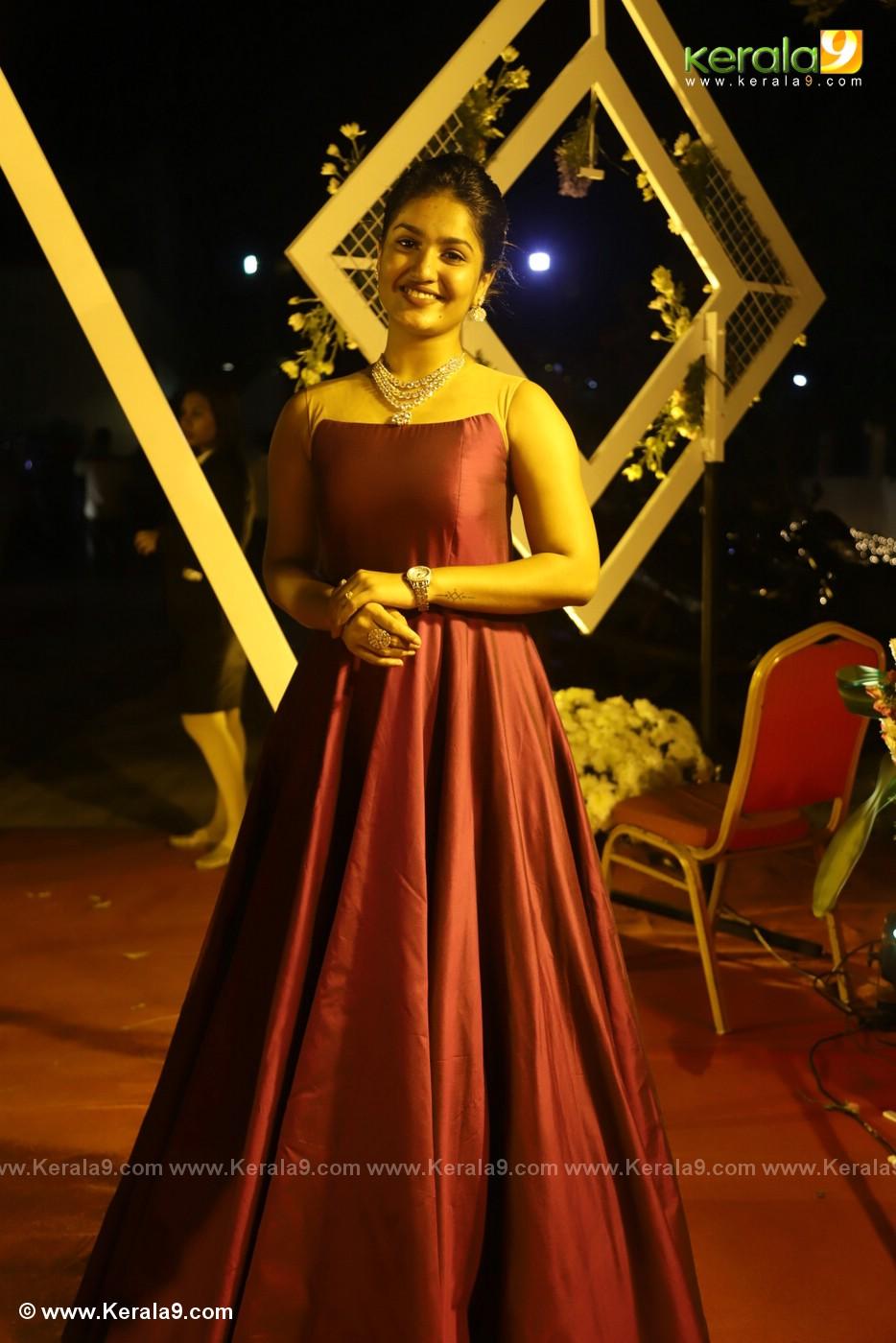 harisree ashokan son wedding reception photos 218