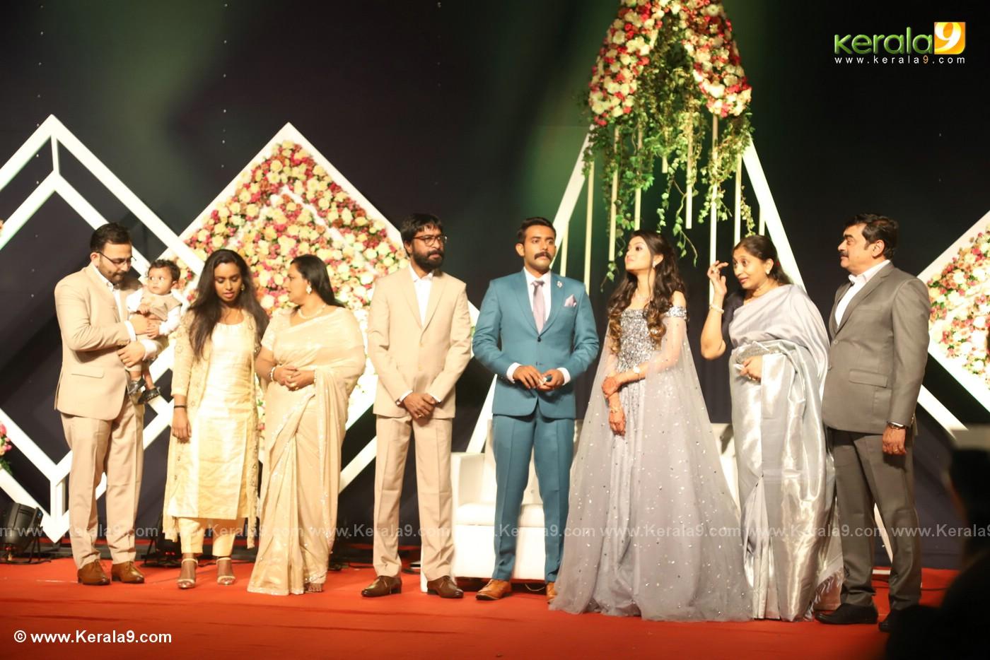 harisree ashokan son wedding reception photos 4