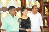 honey rose at gold park karunagappally showroom inauguration stills 167 009