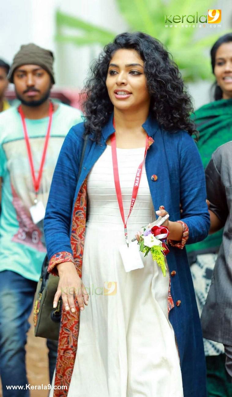 rima kallingal at iffk international film festival of kerala 2016 day 5 photos  043