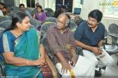 iniyum ethra dhooram movie audio release photos 001