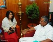 irom sharmila visit chief minister pinarayi vijayan stills 653 001