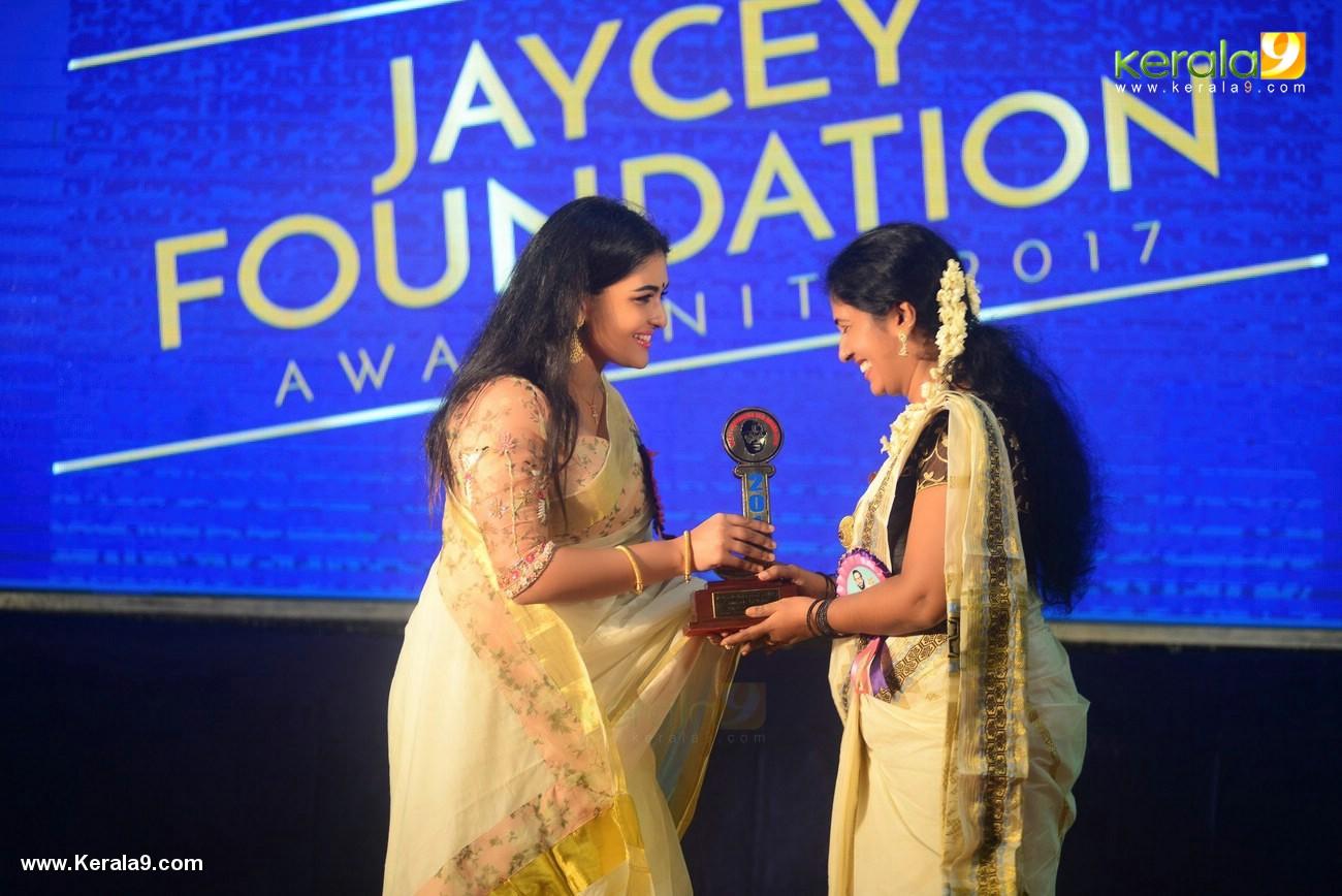 Beauty Fashion 1501 Videos: Jaycey Foundation Awards 2017 Photos 111 1501