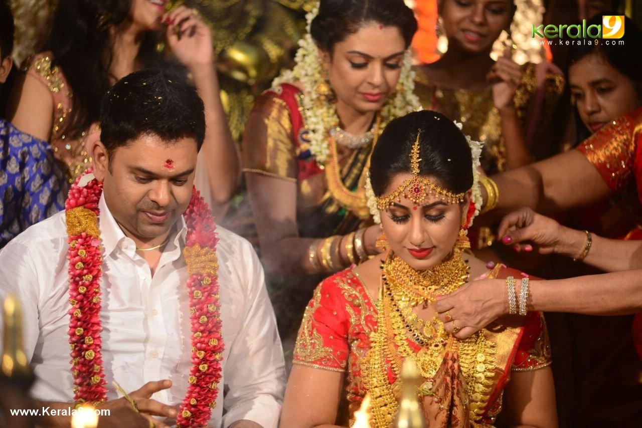 actress jyothi krishna marriage photos  026