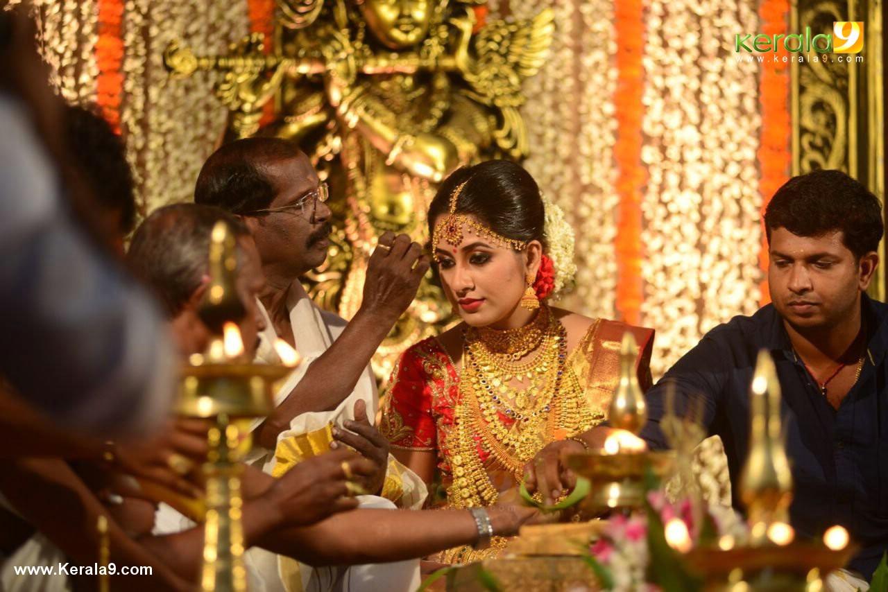 actress jyothi krishna marriage photos  048
