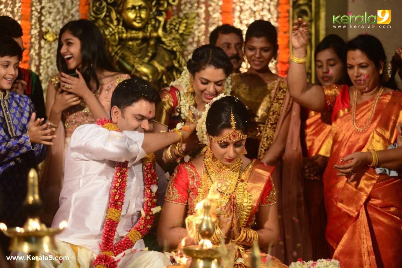 actress jyothi krishna wedding photos  053