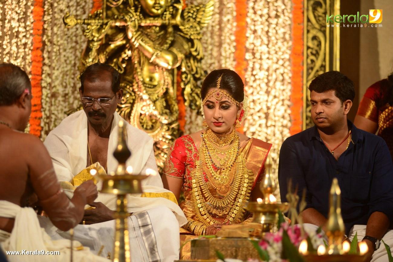 jyothi krishna  marriage photos and wedding album photos 120 018