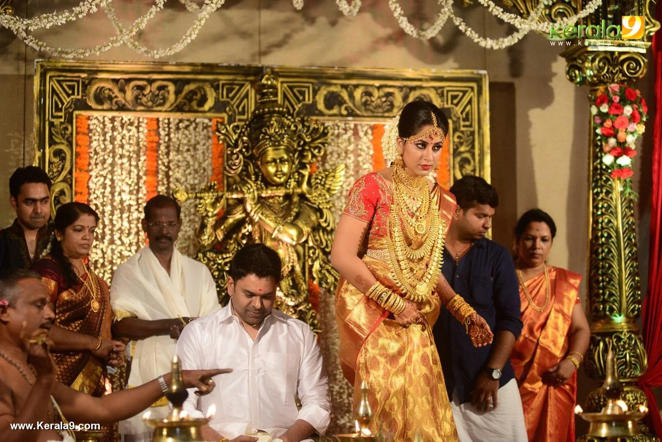 jyothi krishna wedding pics 564 008