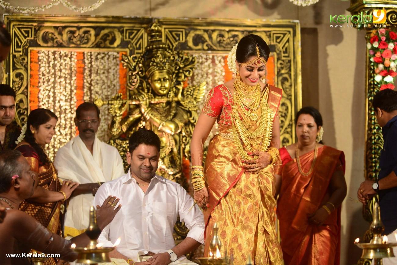 jyothi krishna wedding pics 564 009