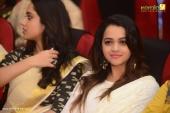 bhavana at actress jyothi krishna wedding photos 098 001