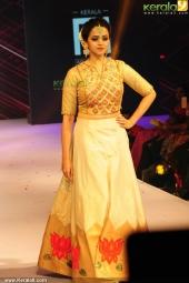 bhavana at kerala fashion league 2016 stills 603 001