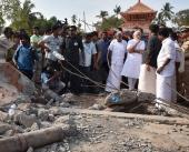 narendra modi kerala kollam fireworks explosion accident  place visit photos 093 001
