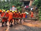 kerala flood latest images 09343 11