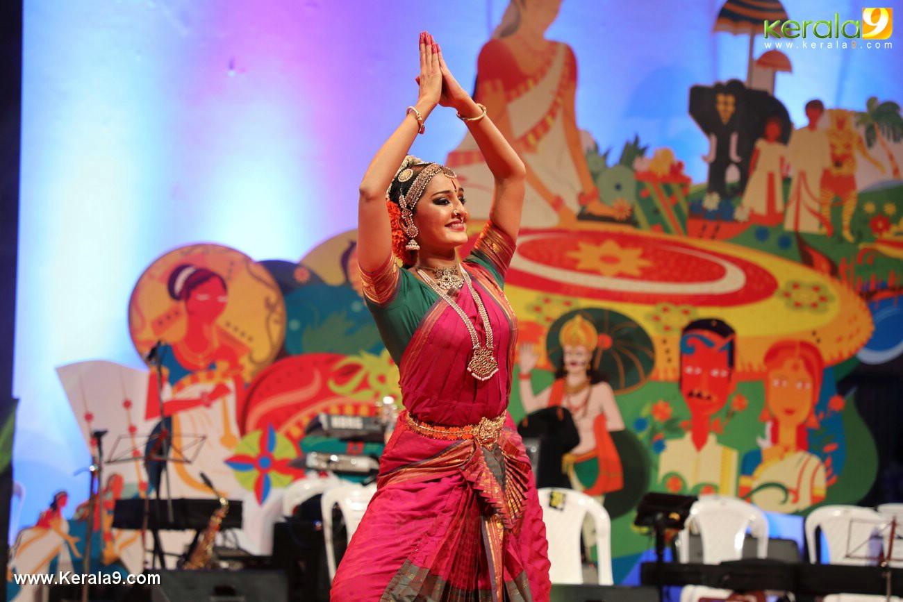 manju warrier at kerala onam celebration 2017 photos  062