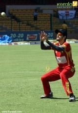 kerala strikers vs telugu warriors ccl 2014 photos 017