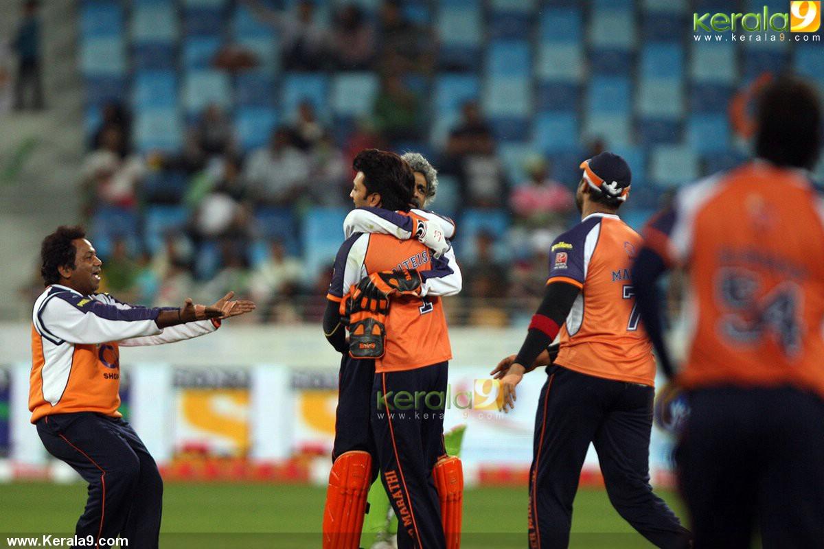 182 kB · jpeg, Ccl 2014 kerala strikers veer marathi match photos 022