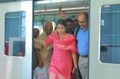 kochi metro rail first day journey stills 786 01