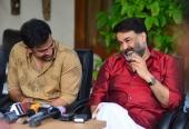 mohanlal at lucifer malayalam movie press meet photos 144 002