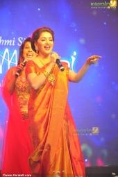 madhuri dixit at mahalekshmi silks saptha mukhi mega fashion show 2016 stills 169 012
