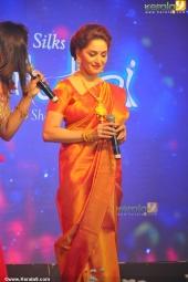 madhuri dixit at mahalekshmi silks saptha mukhi mega fashion show 2016 stills 169 014