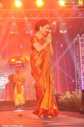 mahalekshmi silks mega fashion show 2016 madhuri dixit pics 119 001