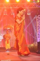 mahalekshmi silks mega fashion show 2016 madhuri dixit pics 119 002