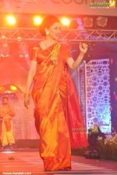 mahalekshmi silks mega fashion show 2016 madhuri dixit pics 119 003