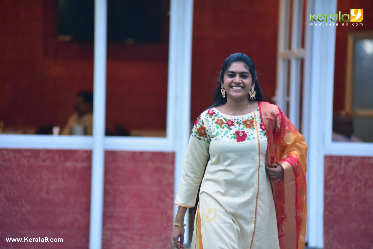 nimisha sajayan at malayala puraskaram 2017 photos  025