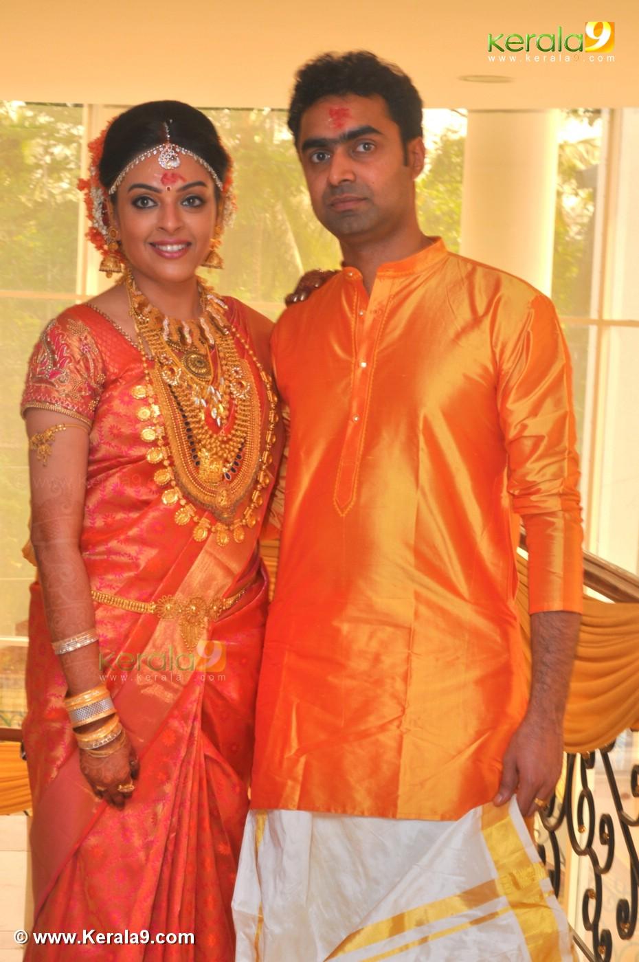 malayalam actress radhika wedding photos 0932 03351