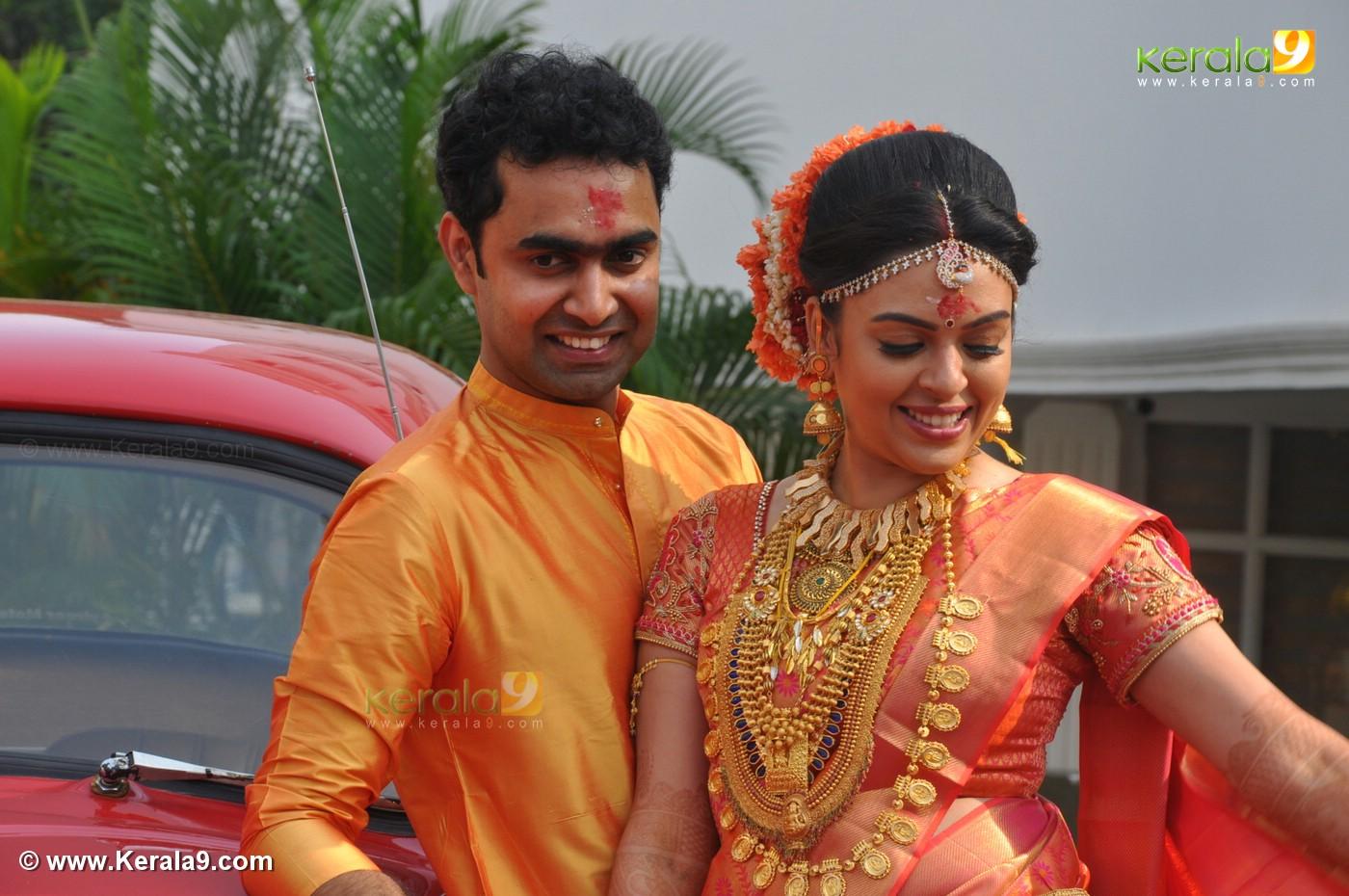 Malayalam Actress Wedding Photos Stripes Movie Clips Youtube