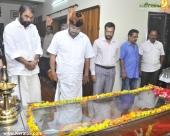 malayalam poet lyricist onv kurup funeral photos 800 004