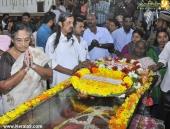 panyan raveendran at malayalam poet and lyricist onv kurup funeral pics 101 004
