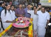 panyan raveendran at malayalam poet and lyricist onv kurup funeral pics 101 005