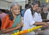 panyan raveendran at malayalam poet and lyricist onv kurup funeral pics 101 006