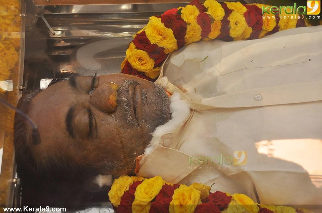 mandolin u srinivas funeral photos 00277 kerala9com