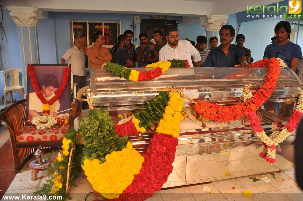 mandolin u srinivas funeral photos 01272 kerala9com